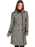 Grey coat like Blairs at 6pm