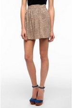 Patterned skirt like Serenas at Urban Outfitters