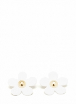 White flower earrings like Lemons at Go Jane