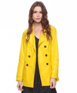 Yellow coat like Blairs at Forever 21