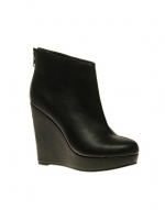 Black ankle boots like Zoe Harts at Asos