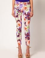 Floral jeans like Hannas at Asos