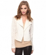 Lace blazer like Ceces at Forever 21