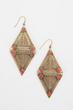 Hanna's earrings at Urban Outfitters