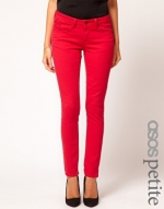 Red jeans like Hannas at Asos