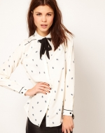 Printed blouse with tie at Asos