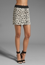 Leopard mini skirt like Arias at Revolve