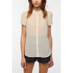 Similar blouse at Urban Outfitters