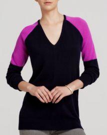 AQUA Cashmere Sweater - Colorblock V-Neck at Bloomingdales