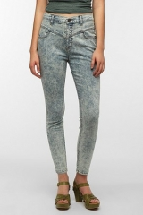 BDG High-Rise Seamed Jean - Chalk Wash at Urban Outfitters