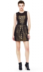 Bria Honeycomb Dress in Gold and Black at Club Monaco