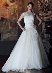 Bridal dress at Alberta Ferretti