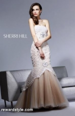 Carolines prom dress on TVD at Tjformal