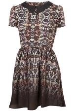 Carries lace dress at Topshop at Topshop