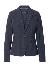 Classic-Fit Washable Italian Wool-Blend Blazer at Banana Republic