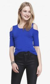Cold shoulder fitted tee at Express