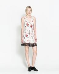 Combination lace dress at Zara