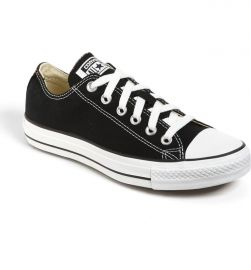 Converse Chuck Taylor Low Top Sneaker at Nordstrom
