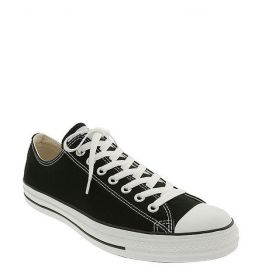 Converse Chuck Taylorand174 Low Sneaker in black at Nordstrom