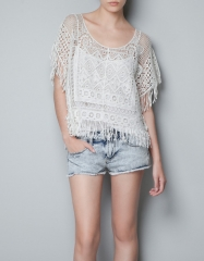 Crochet top with fringes at Zara