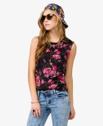 Distressed rose muscle tee at Forever 21