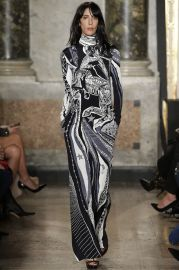 Emilio Pucci  - Fall 2015 Ready To Wear Collection at Vogue