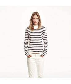 Fine-knit Sweater at H&M