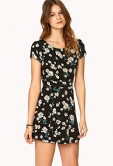 Floating Daisy Dress at Forever 21