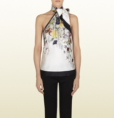 Floral infinity top at Gucci