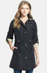 Gallery Iridescent Anorak in black at Nordstrom