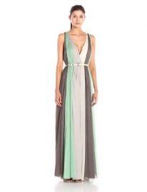 HALSTON HERITAGE Women  39 s Sleeveless Deep V-Neck Chiffon Gown  Amazon Fashion at Amazon
