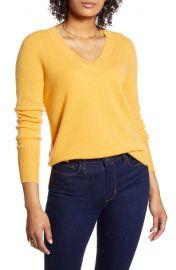 Halogen v-neck cashmere sweater at Nordstrom