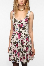 Hanna's floral dress at Urban Outfitters at Urban Outfitters