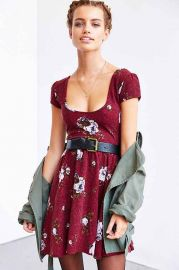 Kimchi Blue Autumn Cap-Sleeve Skater Dress at Urban Outfitters