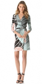 Krirsten's wrap dress on HIMYM at Shopbop