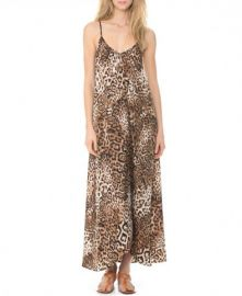Leopard print maxi dress at ChicNova