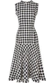 Oscar de la Renta   Fringed houndstooth wool-blend tweed dress at Net A Porter