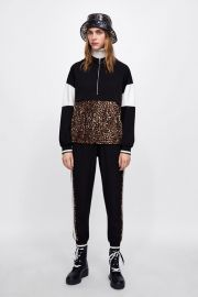 POUCH POCKET SWEATSHIRT WITH SNAKESKIN PRINT BAND at Zara