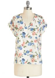 Pastry Picks Top in Floral at ModCloth