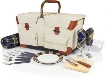 Picnic Time Pioneer Picnic Baskset Delux at Amazon
