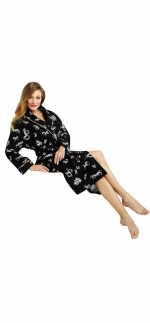 Robe with the same print at Amazon