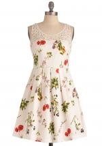 Sasha's white floral dress at Modcloth
