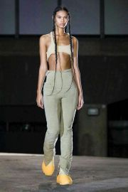 Season 8 cropped Top by Yeezy at Farfetch
