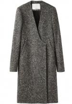Serenas grey coat at Lagarconne