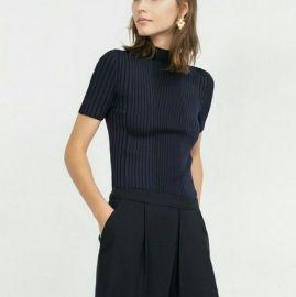 Short sleeve sweater at Zara