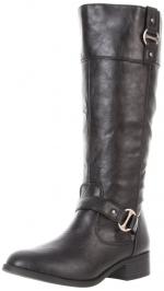 Similar black boots at Amazon