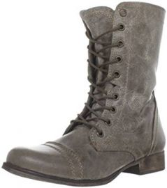Steve Madden Women s Troopa Lace-Up Boot at Amazon