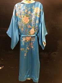 Vintage floral robe at Etsy