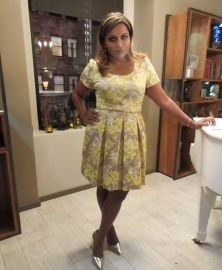 Yellow Dress on The Mindy Project at Salvador Perez