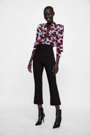 floral print blouse with shoulder pads at Zara